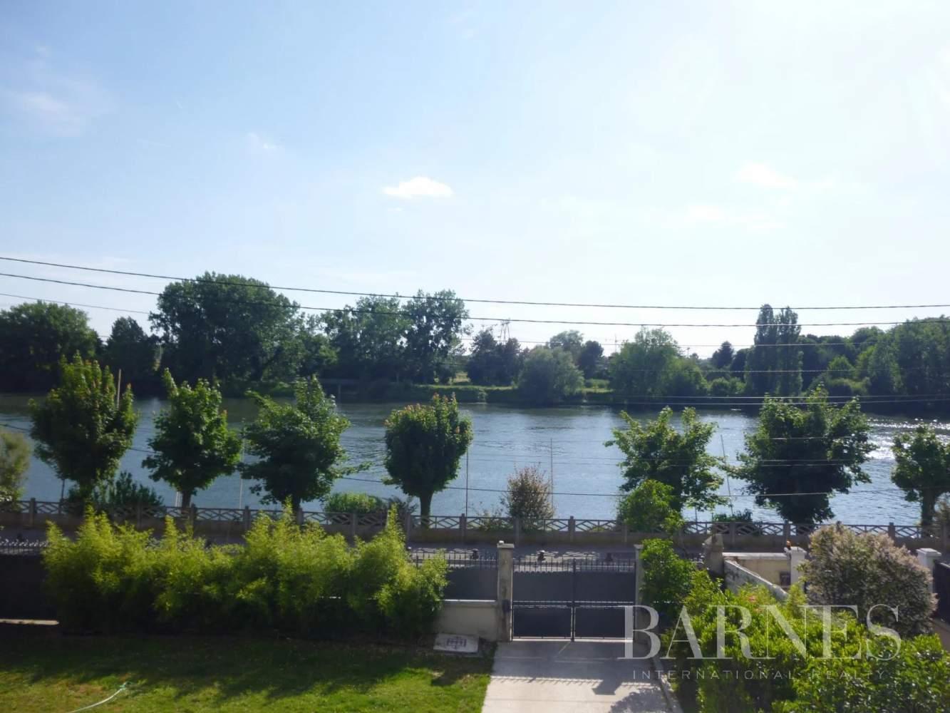 La Frette-sur-Seine  - Maison 10 Pièces 4 Chambres - picture 12