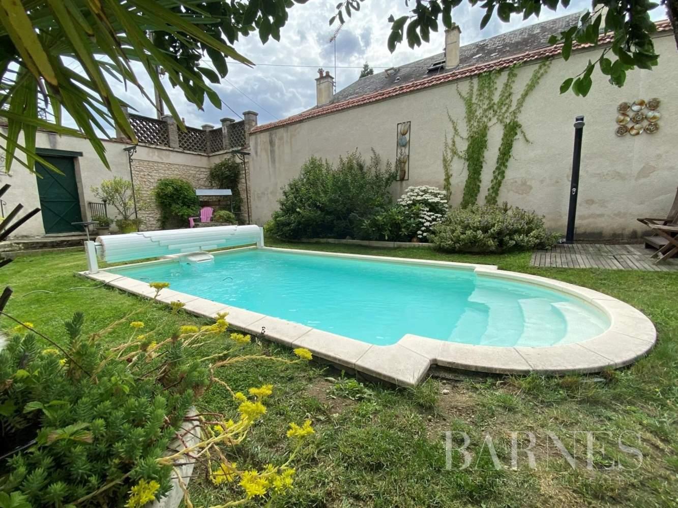 Bourges  - Maison 12 Pièces 7 Chambres - picture 16