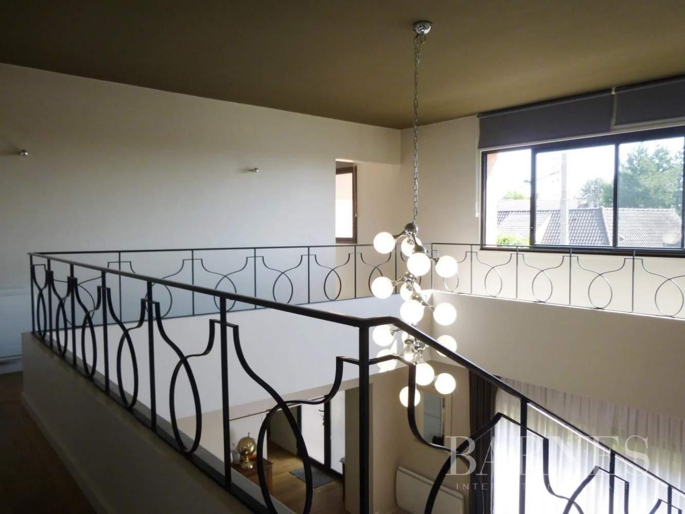 Pontoise  - Maison 10 Pièces 5 Chambres - picture 13