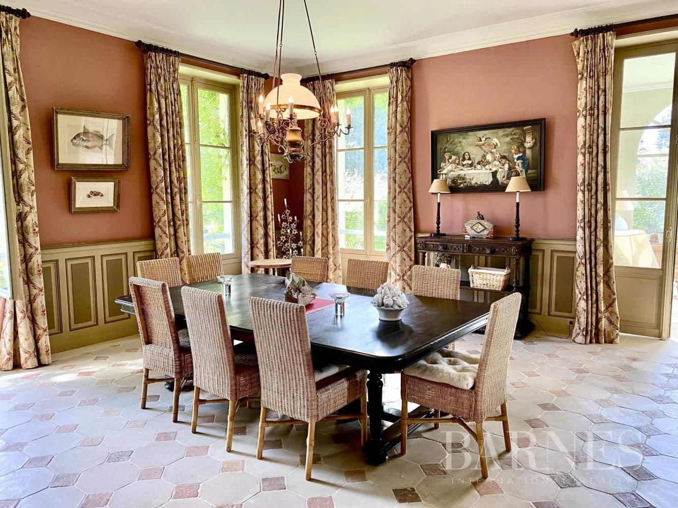La Genevraye  - Manoir 9 Pièces 8 Chambres - picture 6