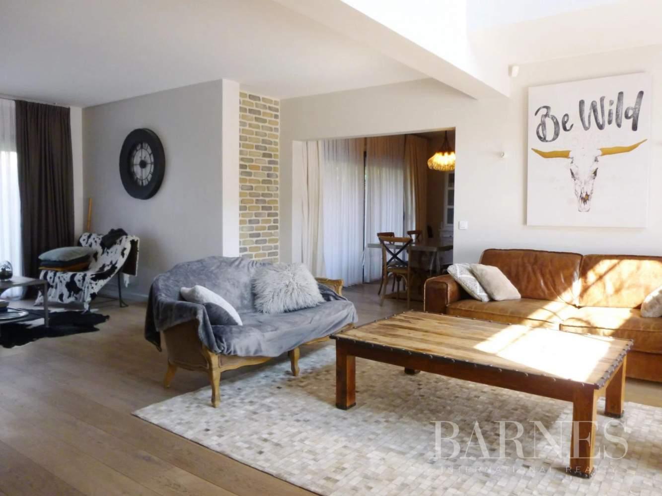 Pontoise  - Maison 10 Pièces 5 Chambres - picture 5