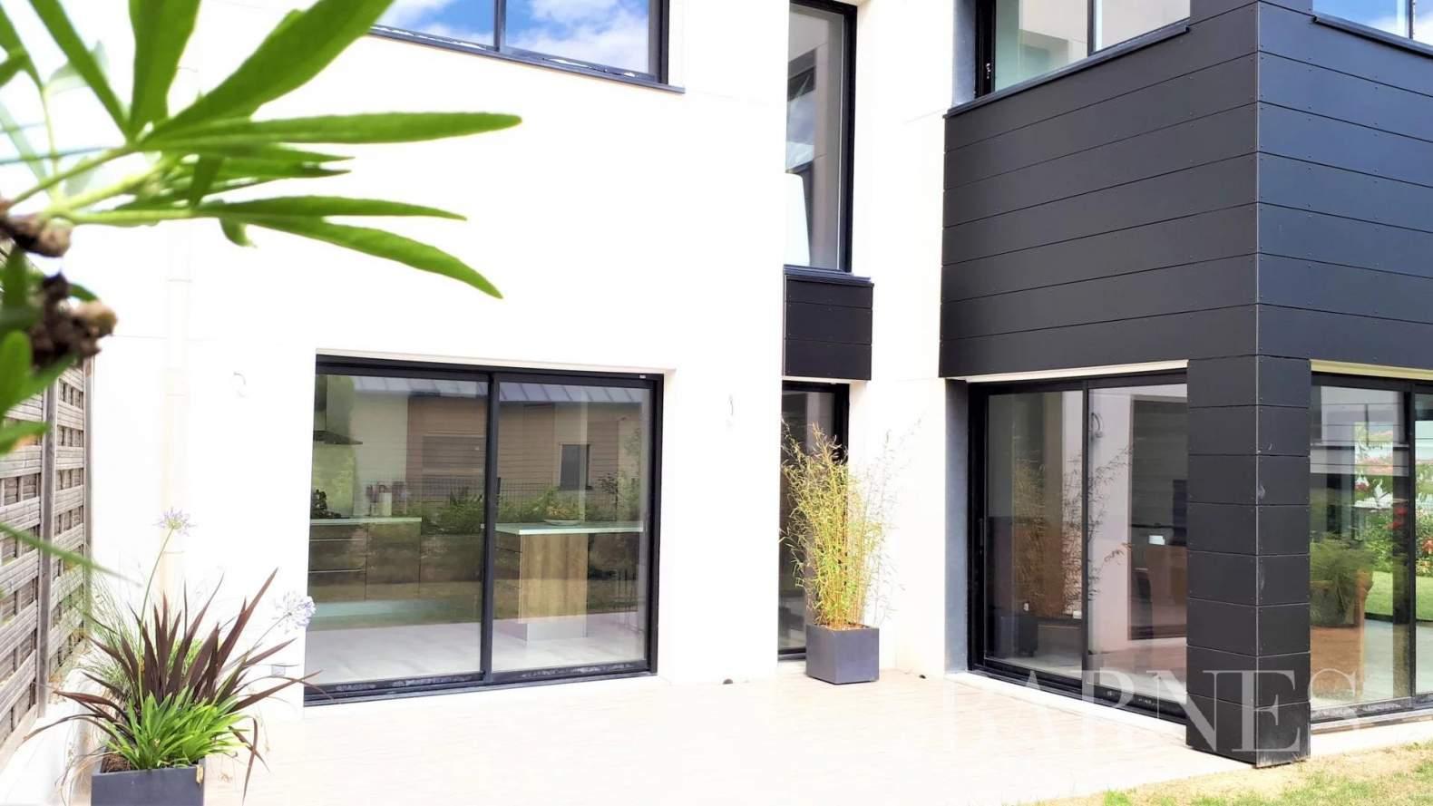 Rennes  - Maison 6 Pièces 5 Chambres - picture 1