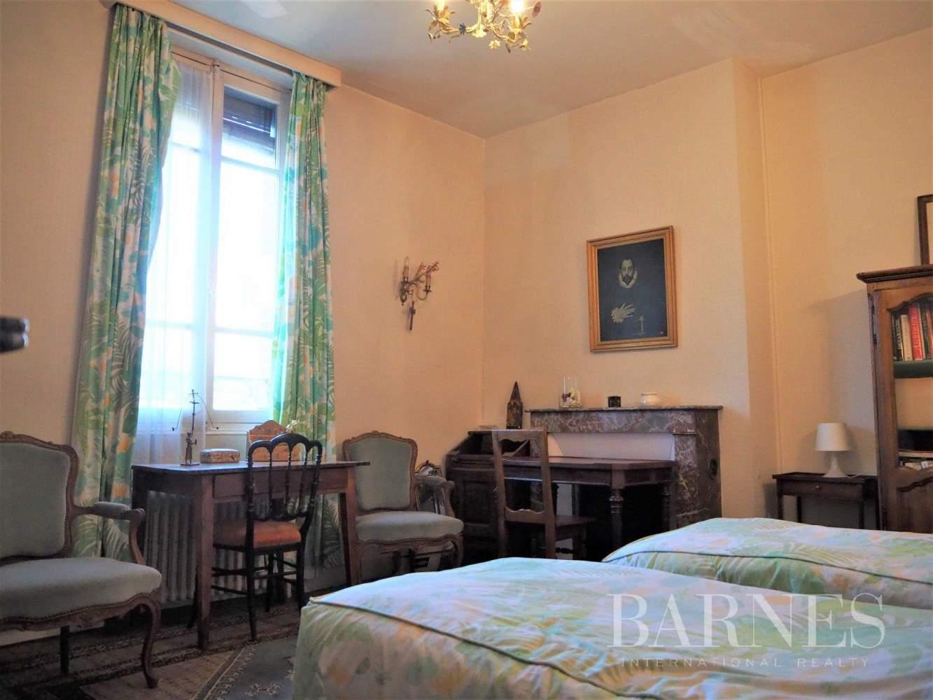 Orléans  - Hôtel particulier 6 Pièces 5 Chambres - picture 9
