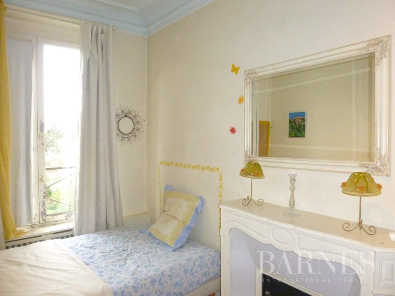 Saint-Gratien  - Maison 9 Pièces 5 Chambres - picture 13