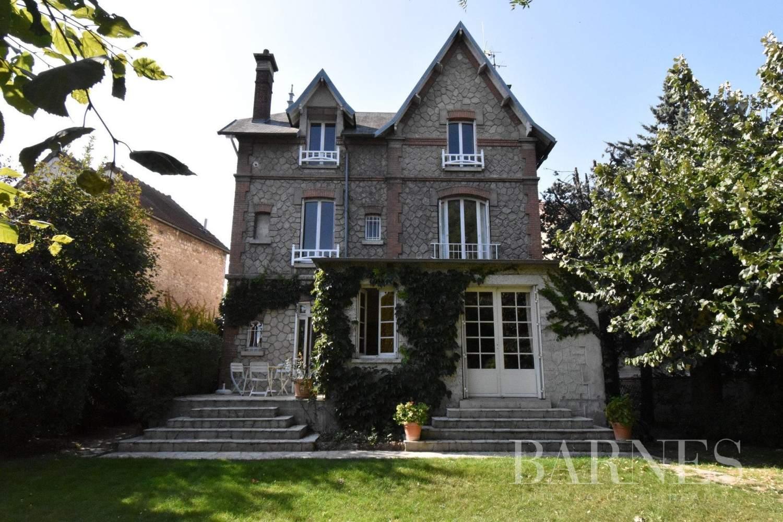 Mantes-la-Jolie  - Maison 12 Pièces 6 Chambres - picture 7