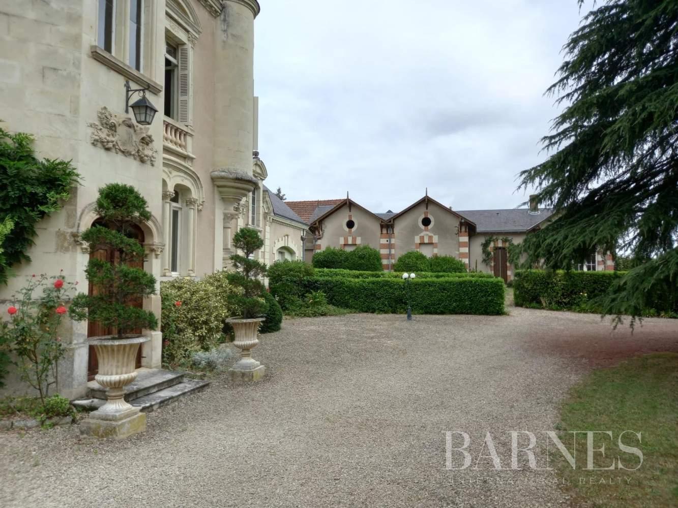 Thouars  - Château 12 Pièces 7 Chambres - picture 6