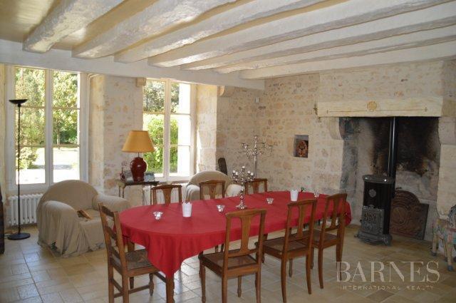 Saint-Savin  - Château 8 Pièces 5 Chambres - picture 9