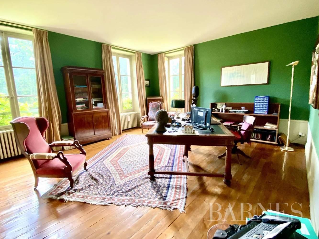 La Genevraye  - Manoir 9 Pièces 8 Chambres - picture 7