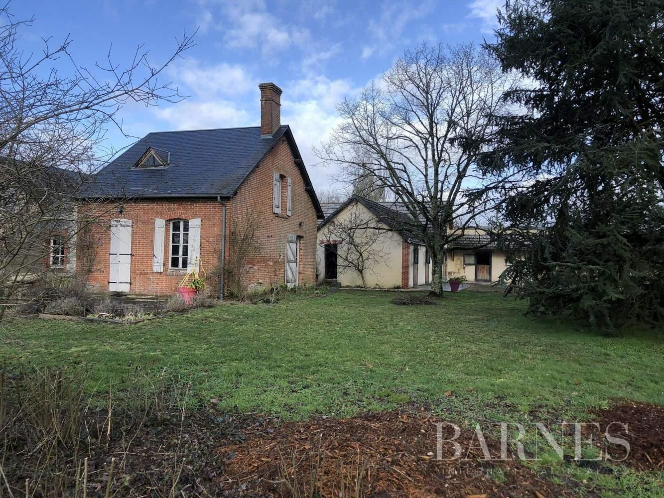 Neung-sur-Beuvron  - Propriété 7 Pièces 4 Chambres - picture 2