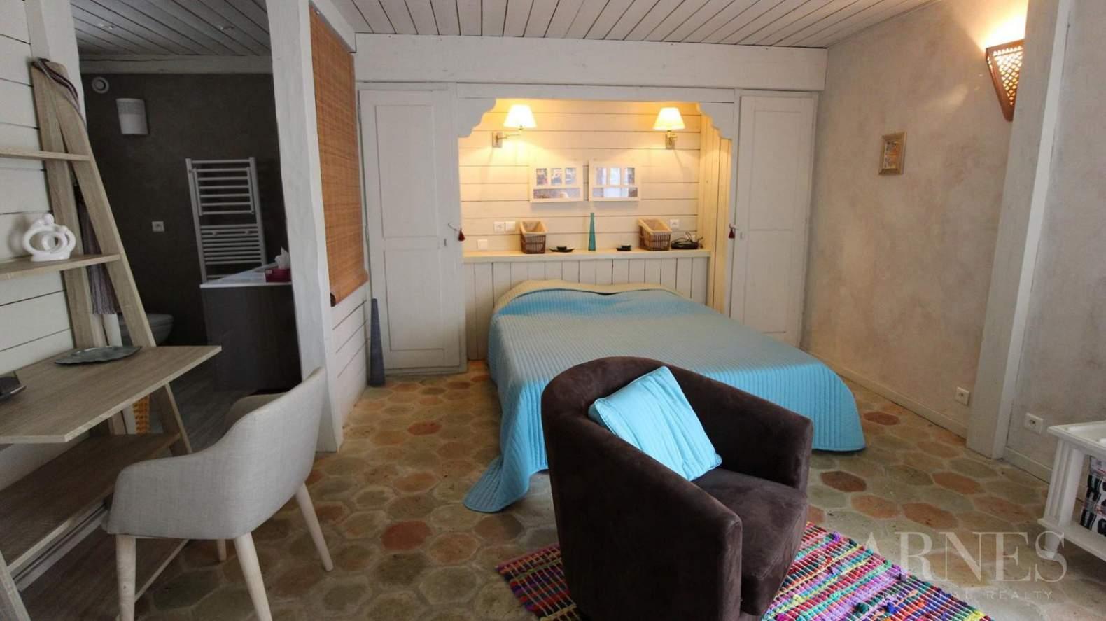 Orgeval  - Maison 11 Pièces 7 Chambres - picture 9