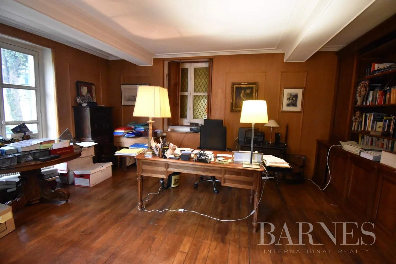 Saulx-les-Chartreux  - Maison 20 Pièces 8 Chambres - picture 12