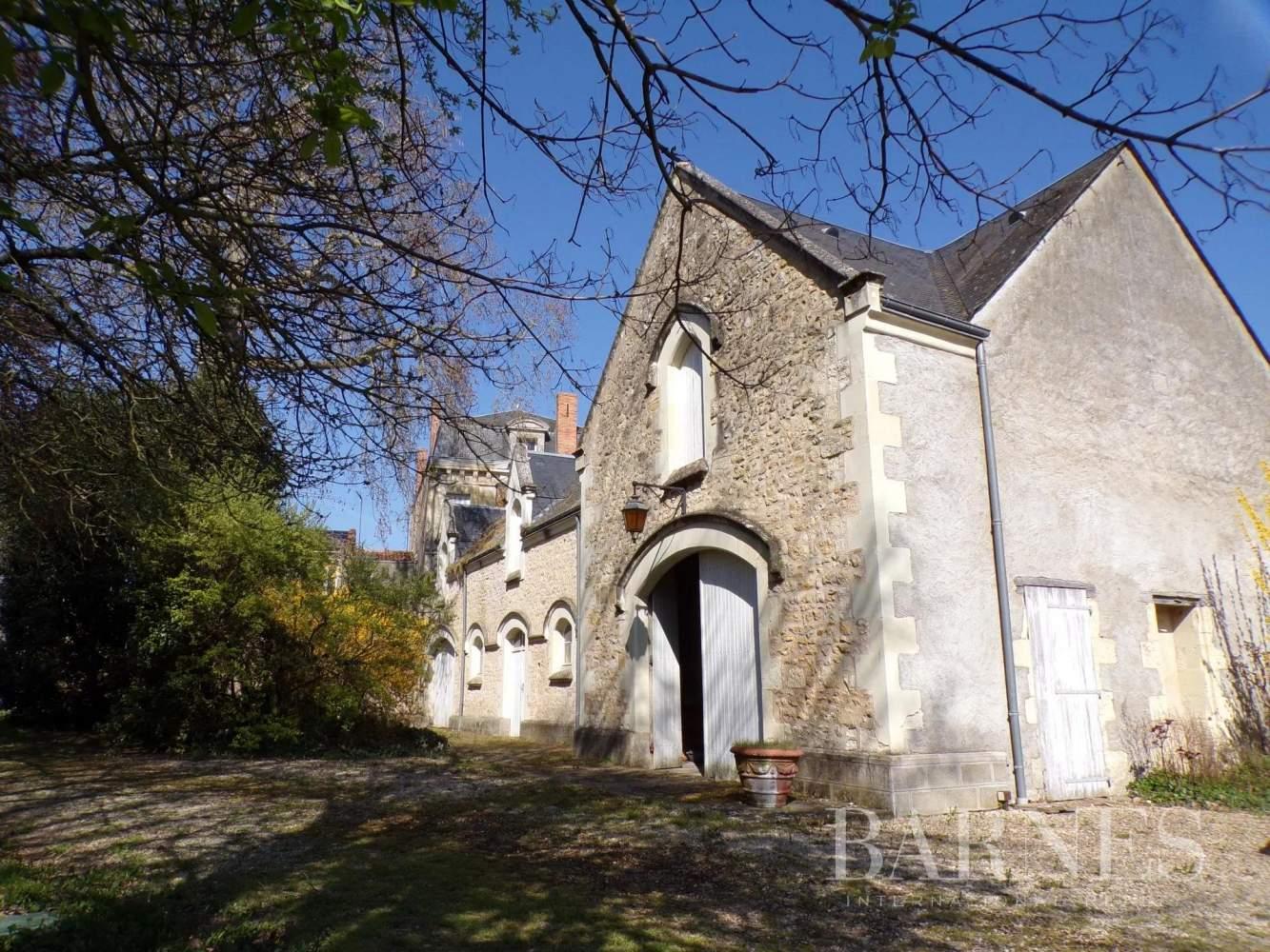 Thouars  - Maison 15 Pièces - picture 3