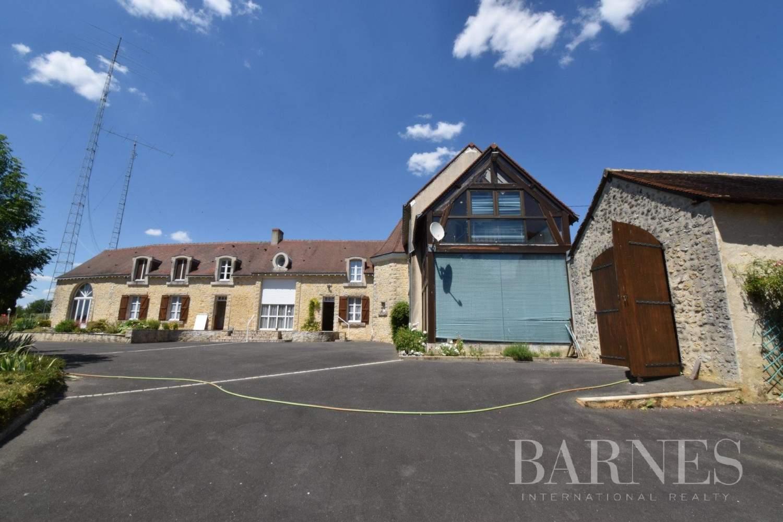 La Suze-sur-Sarthe  - Maison 6 Pièces 3 Chambres - picture 17