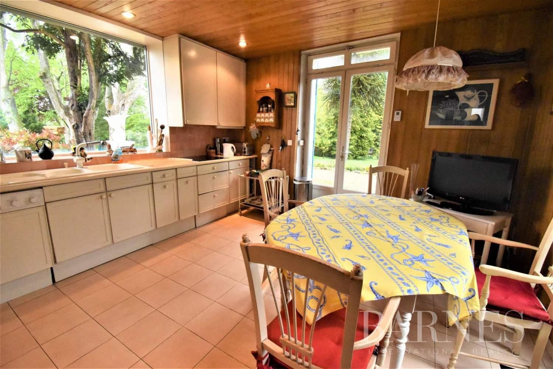 Saulx-les-Chartreux  - Maison 20 Pièces 8 Chambres - picture 15