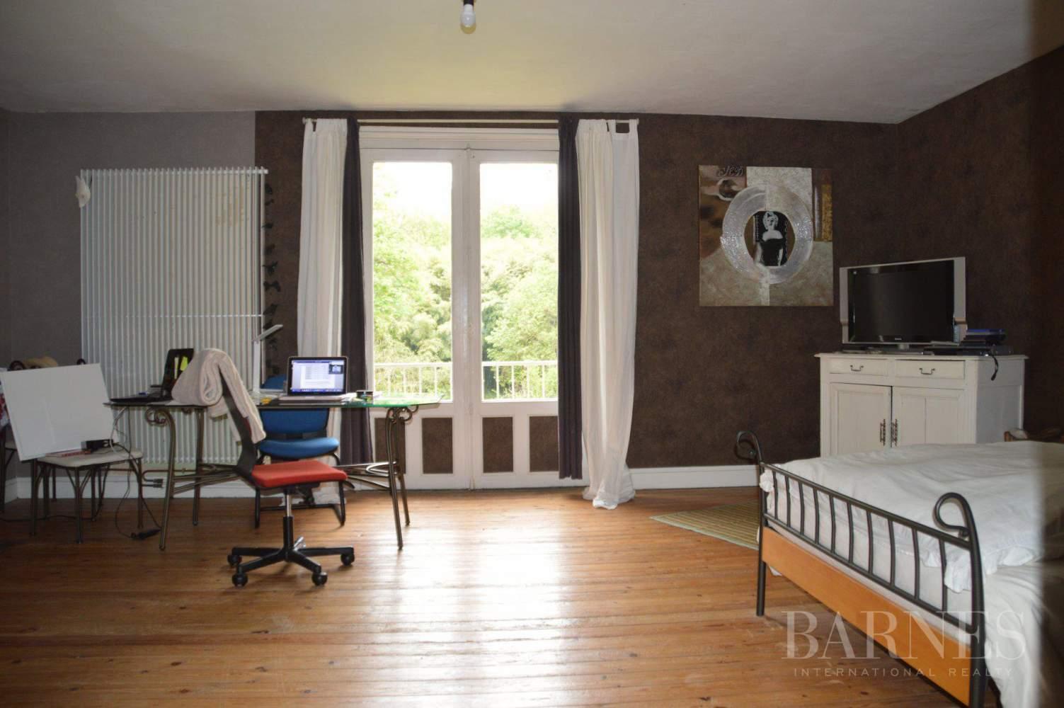 Niort  - Propriété 14 Pièces 8 Chambres - picture 15