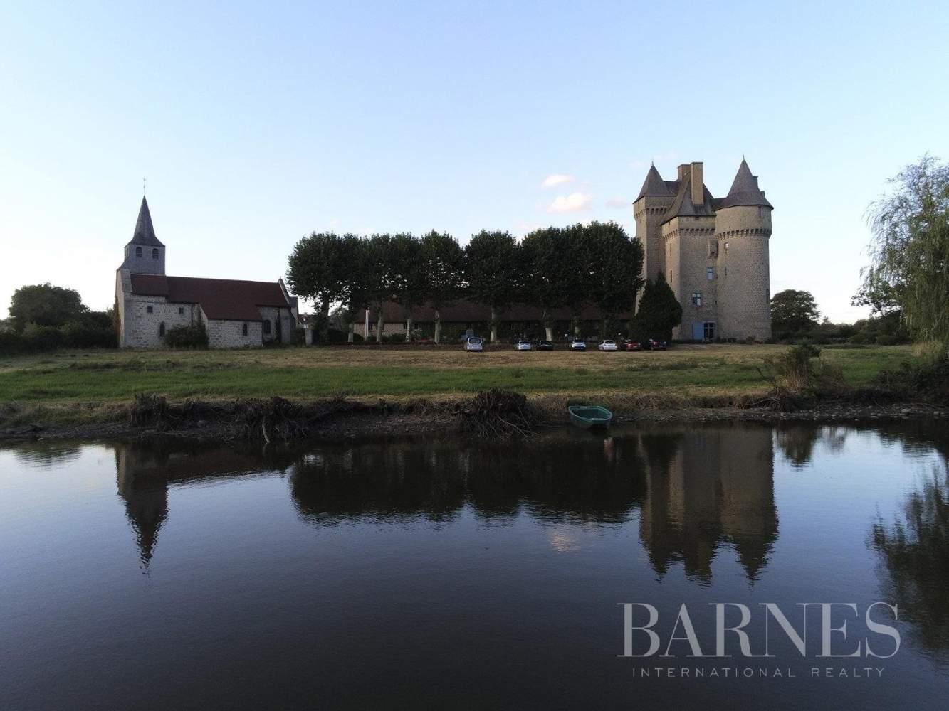 Limoges  - Castle  - picture 4