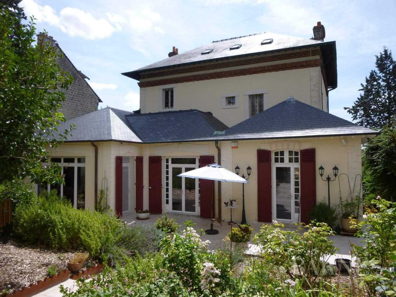 AUVERS SUR OISE  - Maison 8 Pièces 5 Chambres - picture 1