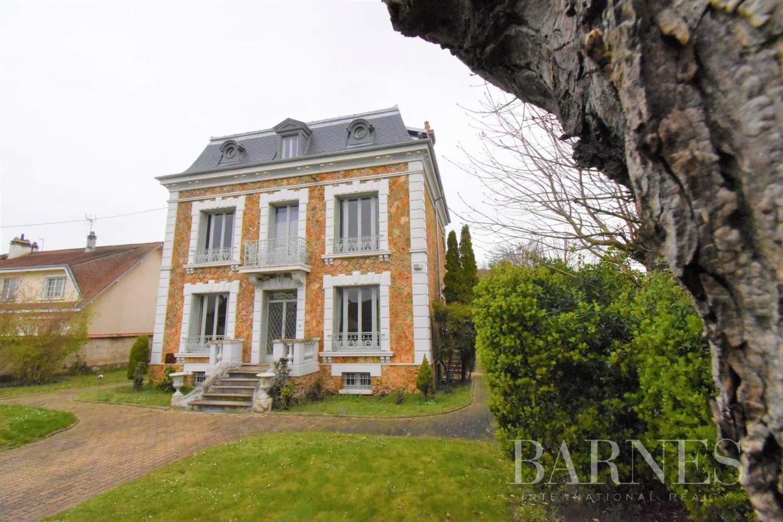 Limay  - Maison 10 Pièces 7 Chambres - picture 1