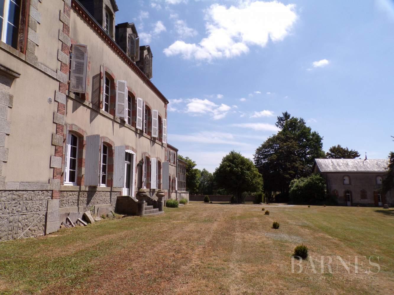 Pouzauges  - Château 16 Pièces - picture 5