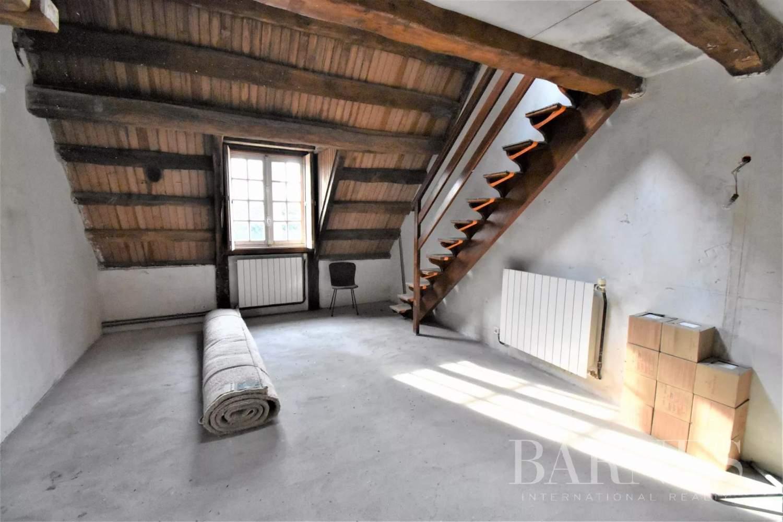 Prunay-le-Temple  - Maison 12 Pièces 7 Chambres - picture 17
