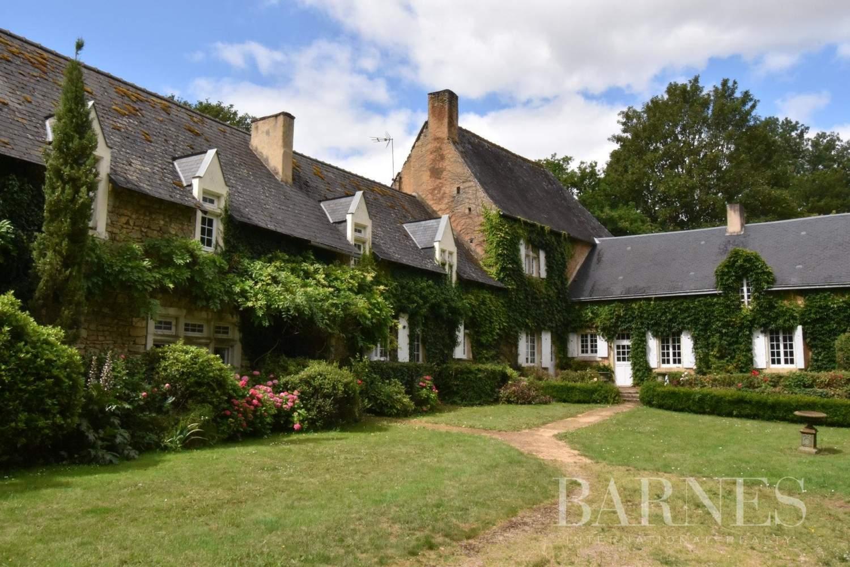 Bernay  - Maison 18 Pièces - picture 1