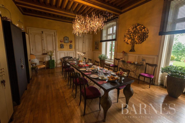 Balbigny  - Propriété 12 Pièces 5 Chambres - picture 8