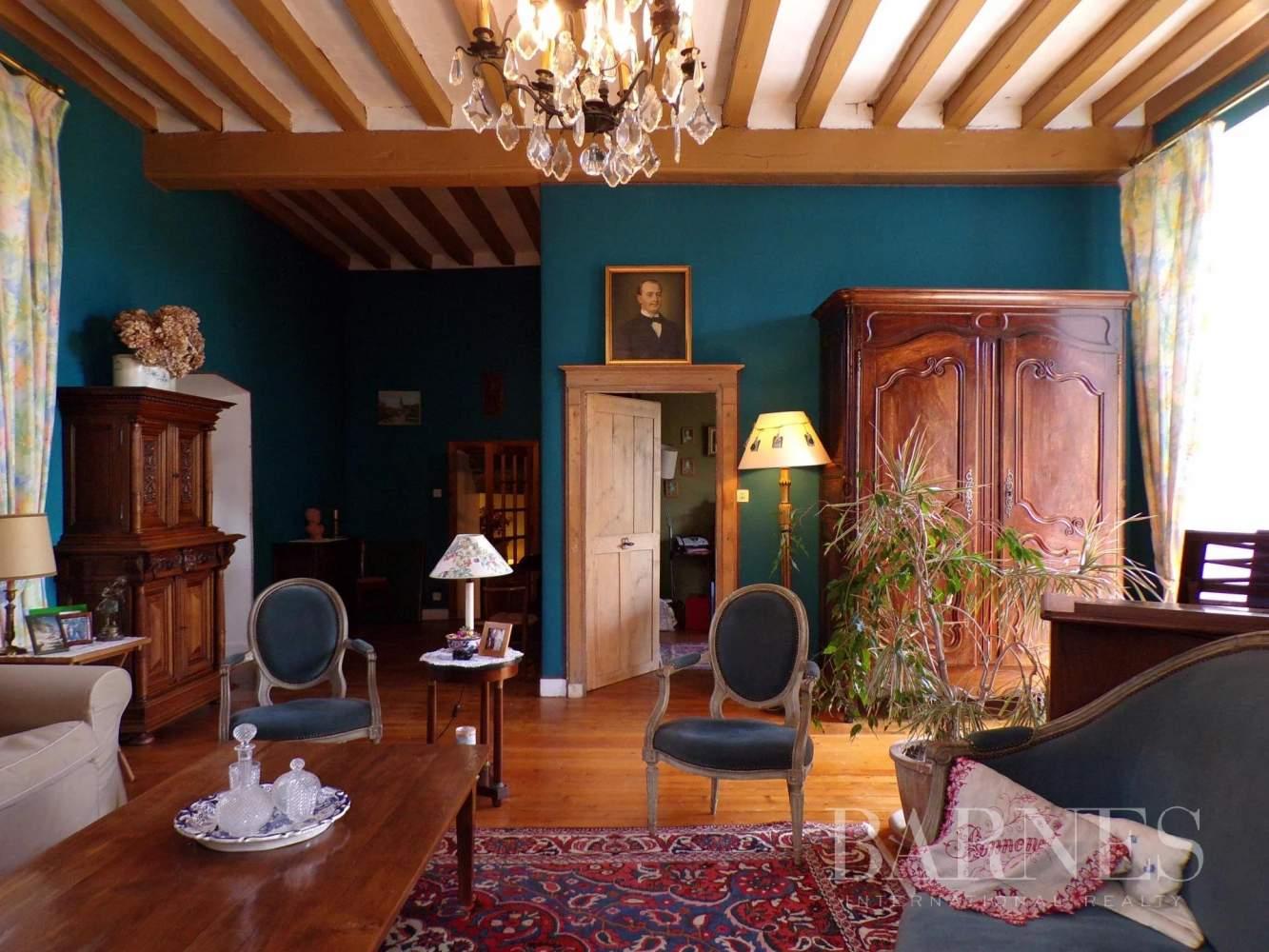 Beaupréau-en-Mauges  - Maison 15 Pièces - picture 9