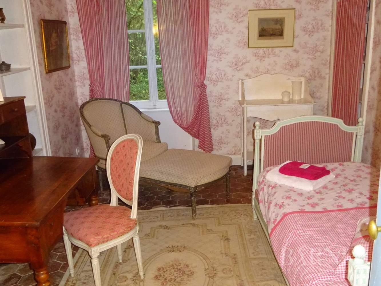 Beaune  - Château 22 Pièces 16 Chambres - picture 9