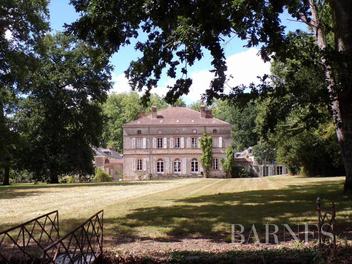 Nantes  - Château 20 Pièces 12 Chambres - picture 5
