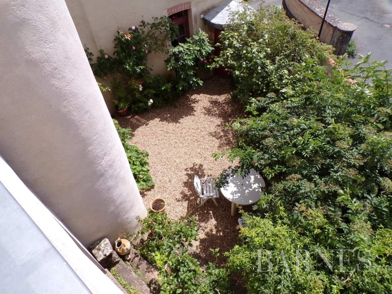 Beaupréau-en-Mauges  - Maison 15 Pièces - picture 3