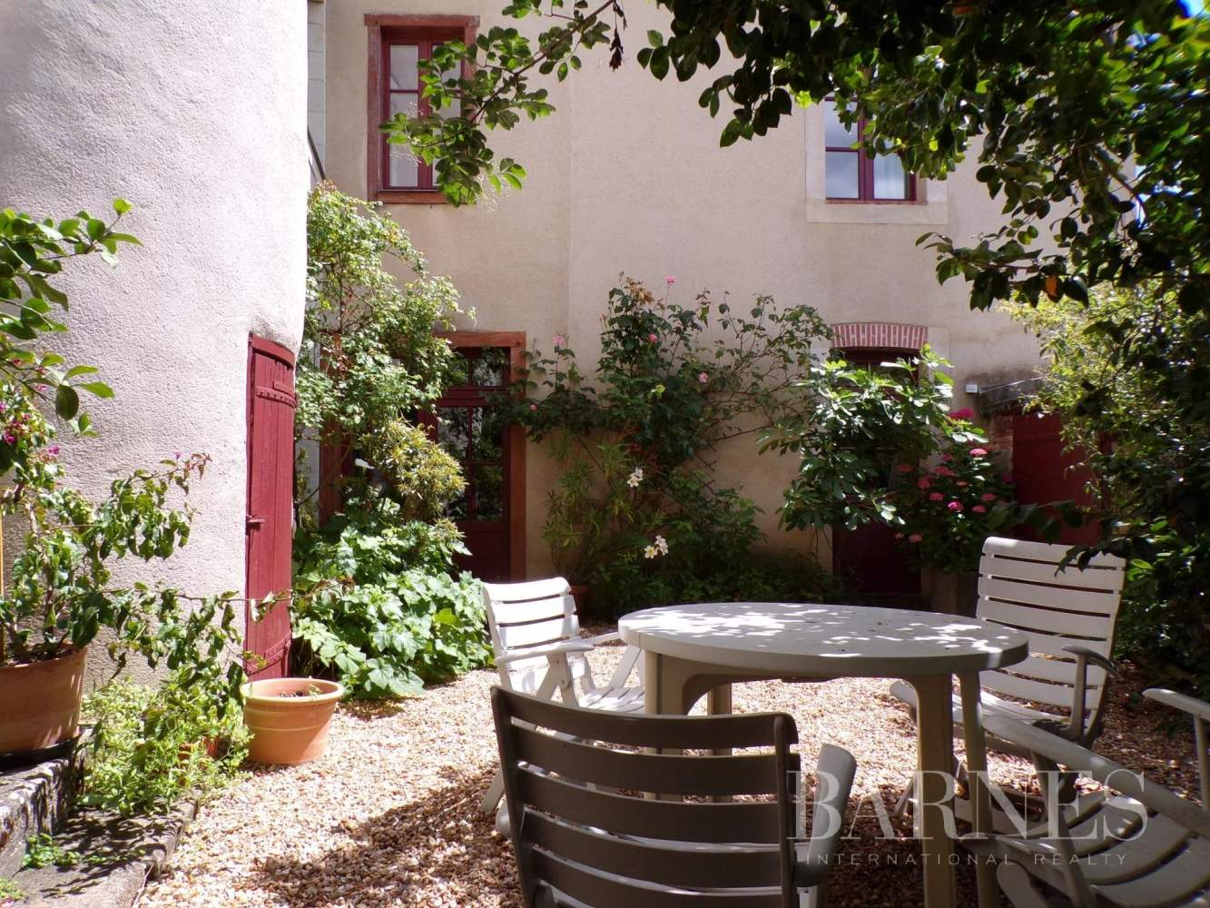 Beaupréau-en-Mauges  - Maison 15 Pièces - picture 5