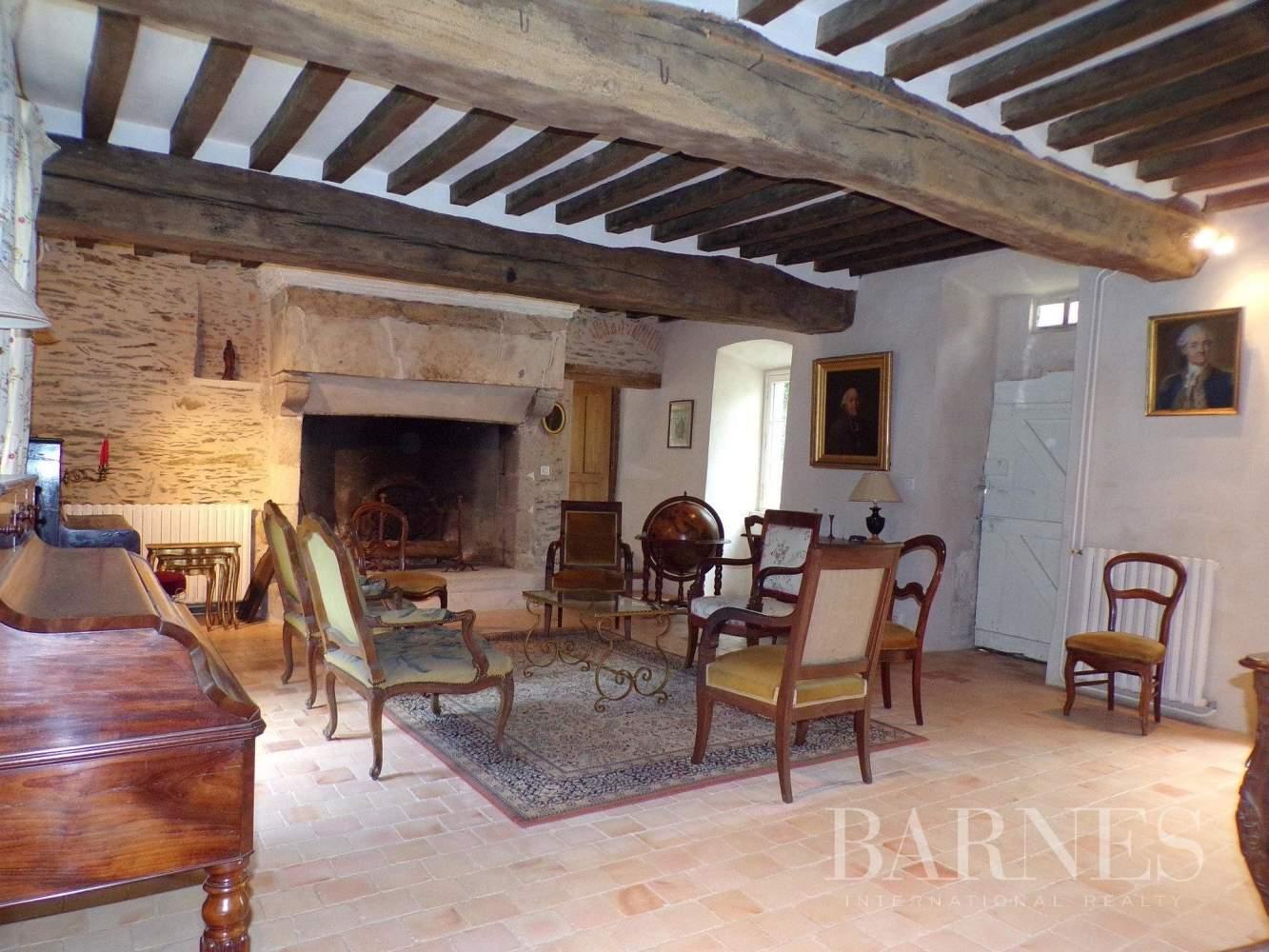Chantonnay  - Maison 10 Pièces - picture 8
