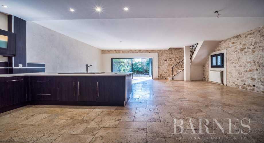 Aix-en-Provence  - Maison 6 Pièces 3 Chambres