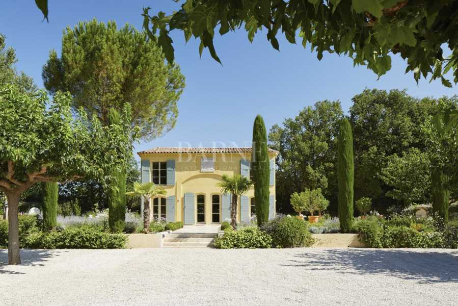 Aix-en-Provence  - Propriété 12 Pièces 6 Chambres
