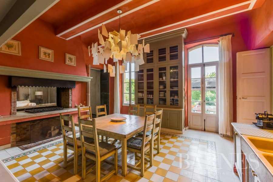 Aix-en-Provence  - Bastide 15 Pièces 7 Chambres
