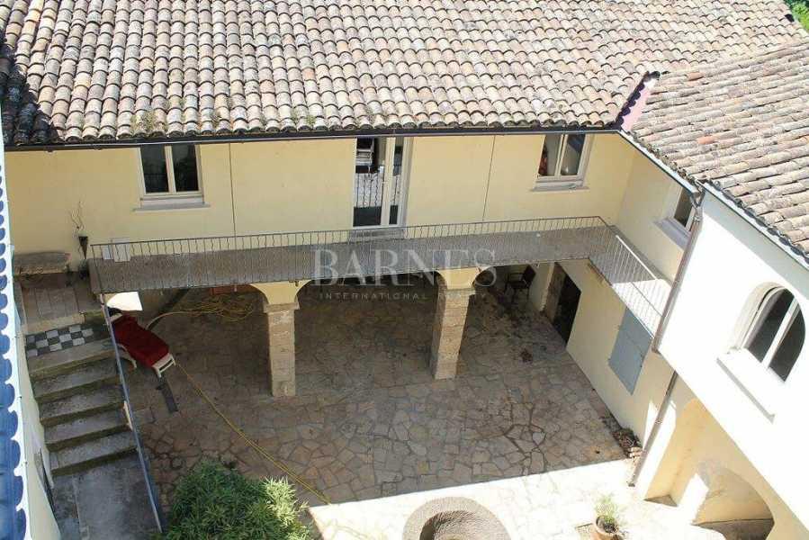 Lasalle  - Maison 18 Pièces 15 Chambres