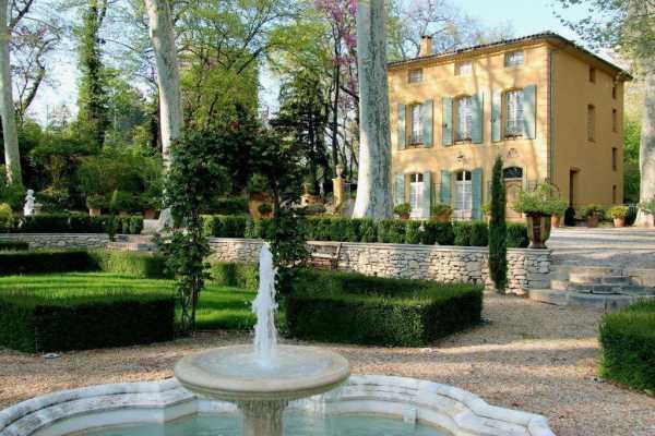 Maison, Aix-en-Provence - Ref 2544186