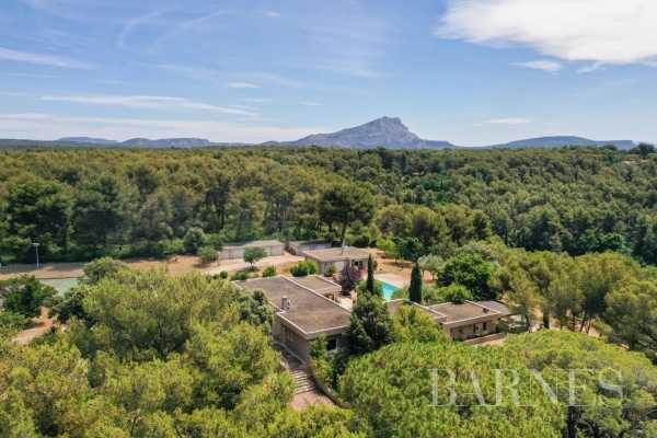 Propriété Aix-en-Provence  -  ref 5782333 (picture 1)