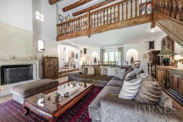 Property Aix-en-Provence - Ref 2909980