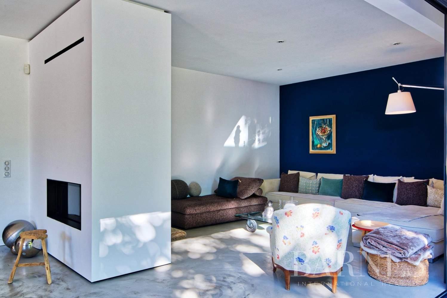 Aix-en-Provence  - Maison 6 Pièces 4 Chambres - picture 12