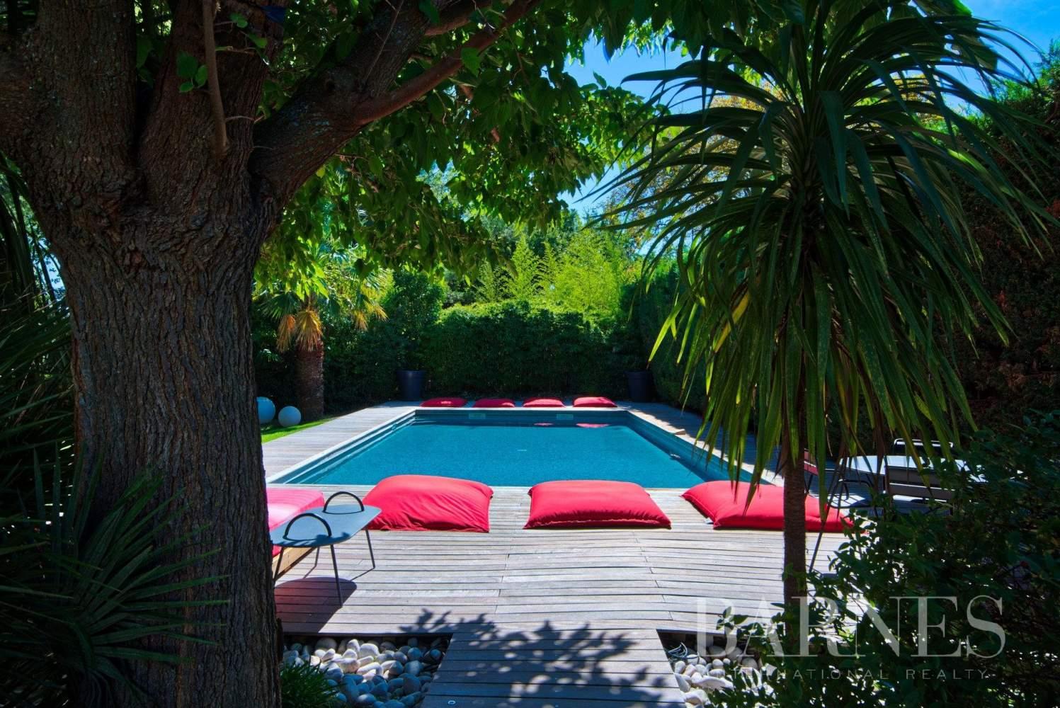 Aix-en-Provence  - Maison 6 Pièces 4 Chambres - picture 15