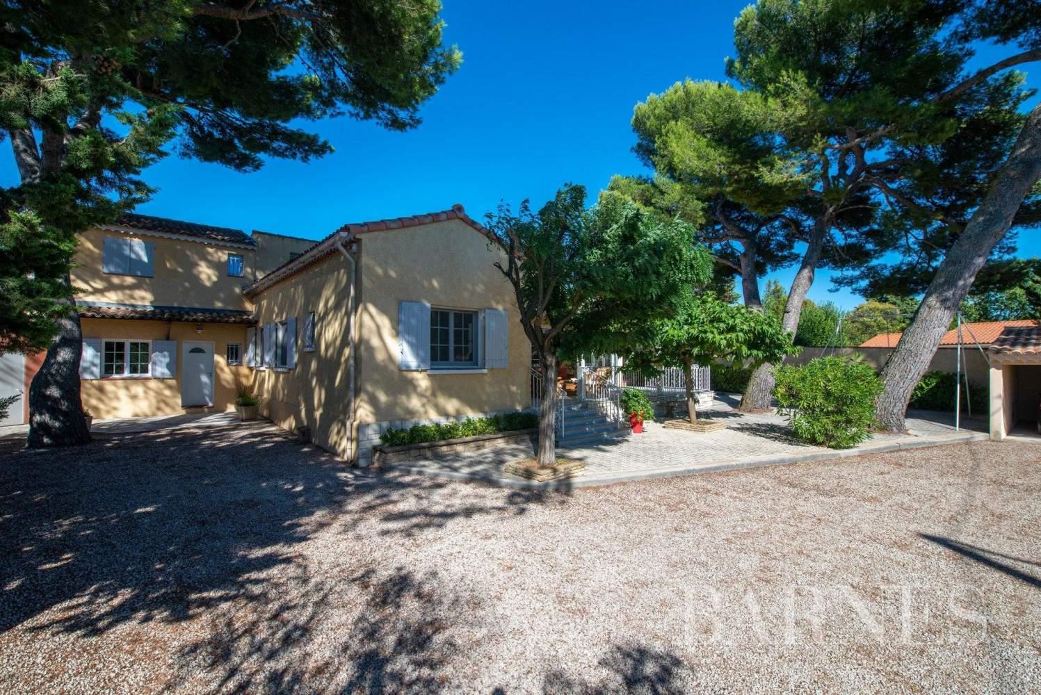 Aix-en-Provence  - Villa 9 Pièces 5 Chambres - picture 5