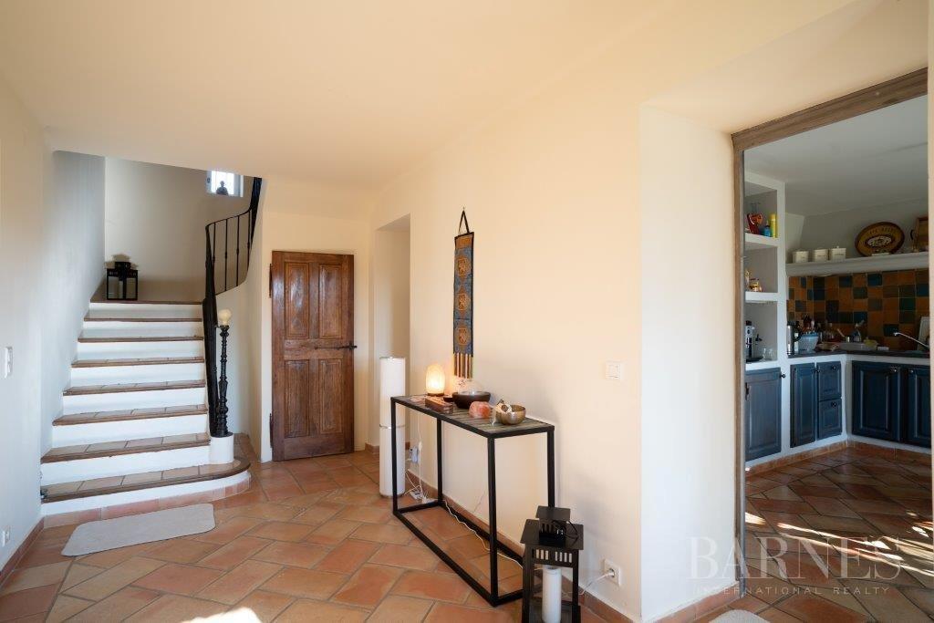 Aix-en-Provence  - House 6 Bedrooms - picture 12