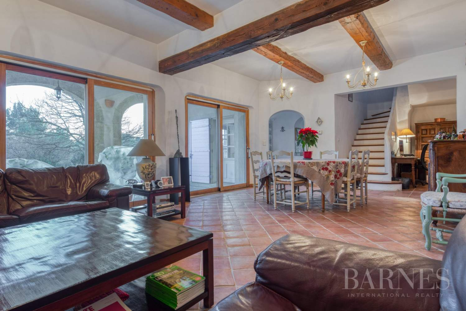 FOR SALE - AIX EN PROVENCE - ROGNES - PROVENCAL FARMHOUSE IN THE HEART OF A WOODED PARK picture 9