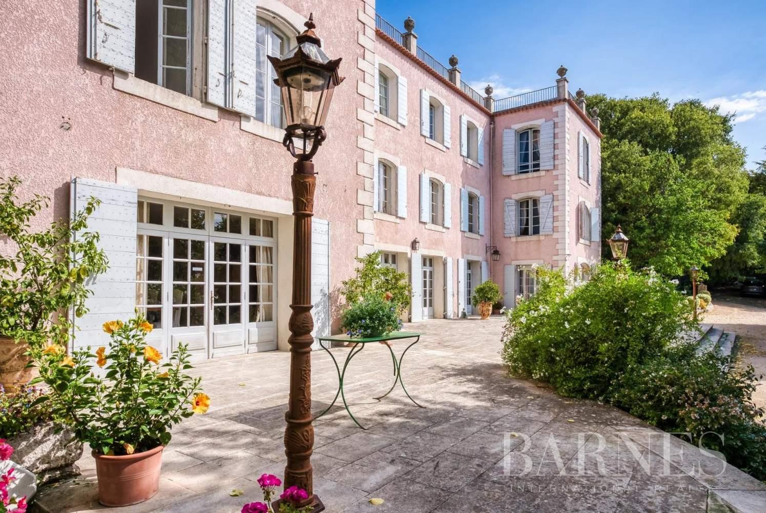 Aix-en-Provence  - Bastide 35 Pièces 26 Chambres - picture 5
