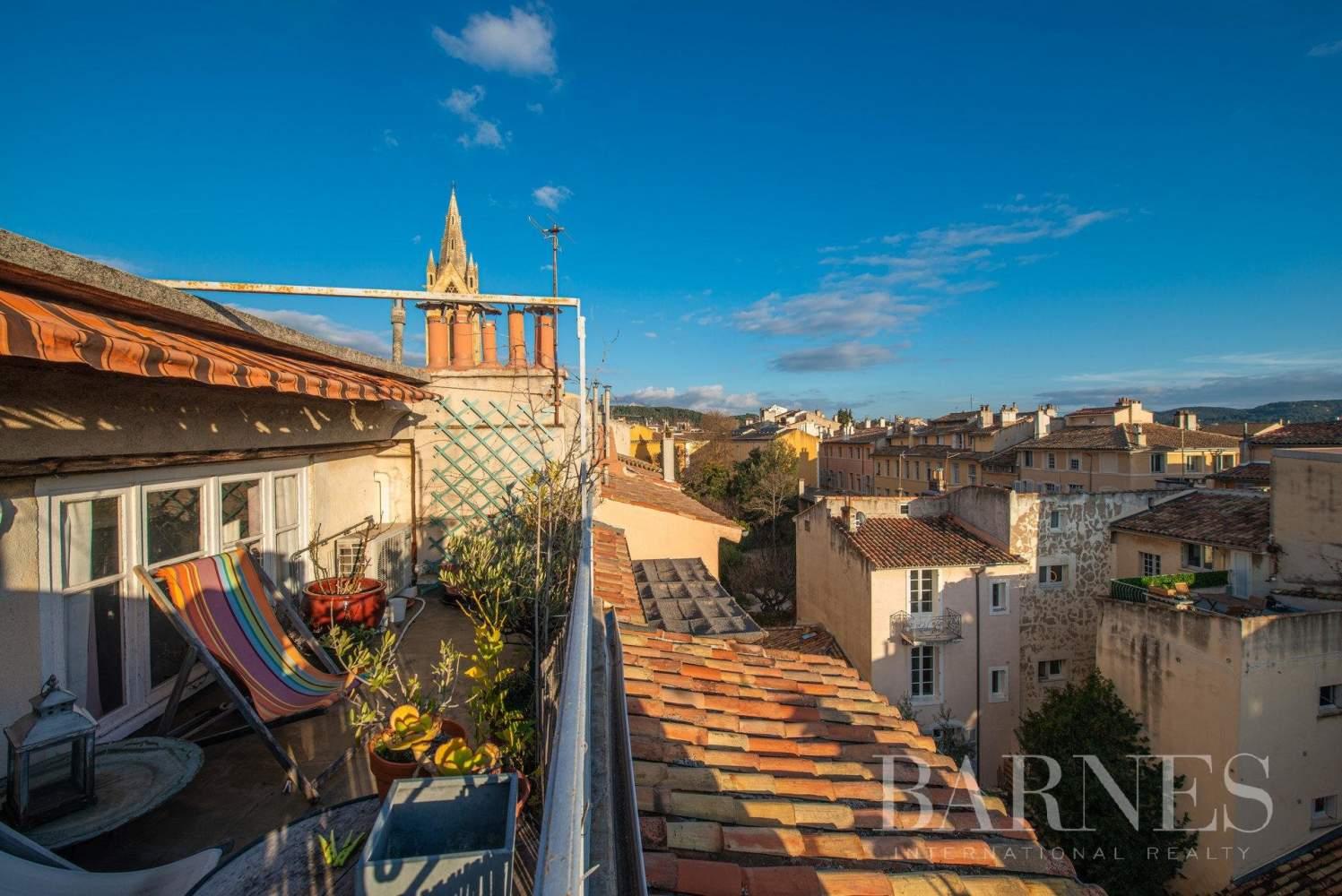 Aix-en-Provence  - Appartement 3 Pièces 2 Chambres - picture 1