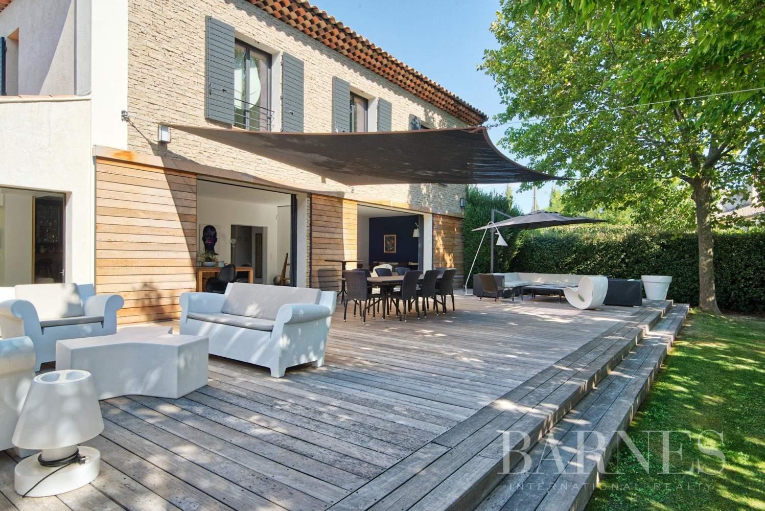 Aix-en-Provence  - Maison 6 Pièces 4 Chambres - picture 2