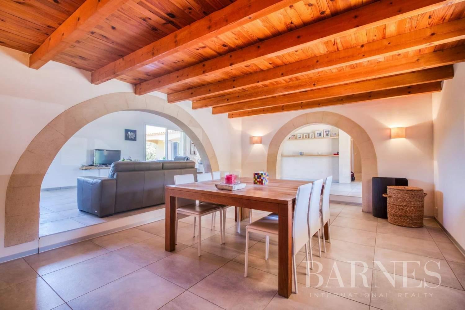 Aix-en-Provence  - Maison 9 Pièces 6 Chambres - picture 12