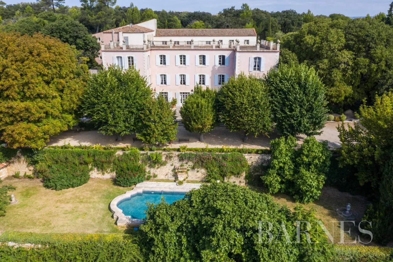 Aix-en-Provence  - Bastide 35 Pièces 26 Chambres - picture 1