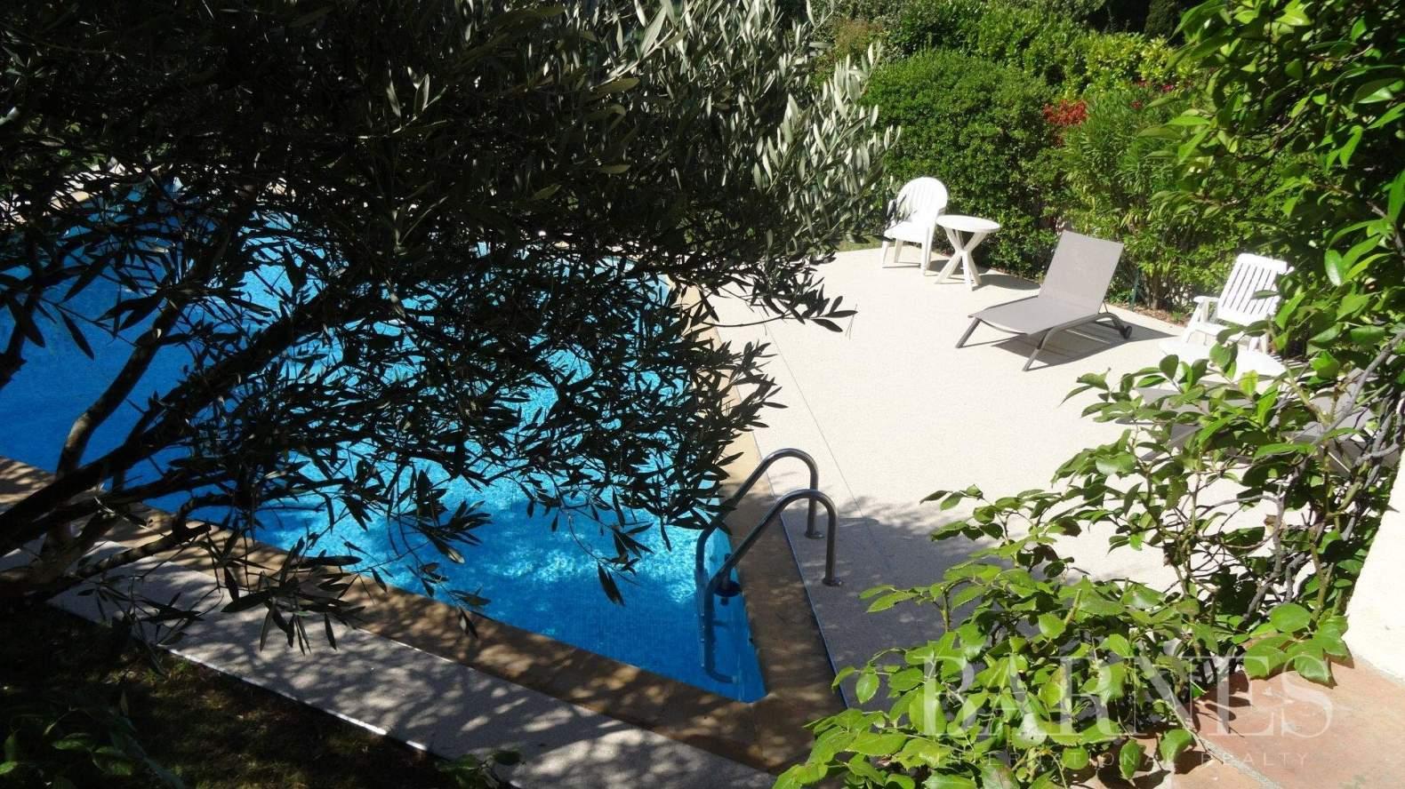 Aix-en-Provence  - Villa 9 Pièces 5 Chambres - picture 4